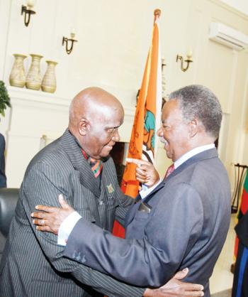 Kenneth Kaunda with Michael Sata confer at State Houes