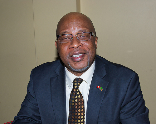 Dr Nevers Mumba
