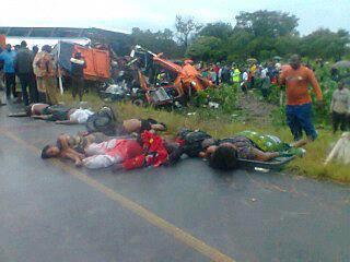 Over 50 people are feared dead in Chibombo after a fatal road accident involving A Postal Services Bus and a truck. Here the picture of dead and injured people lying helpless