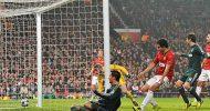 Ronaldo knocks out 10-man Manchester United