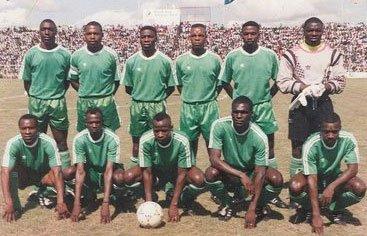 Standing: Samuel Chomba, Kalusha Bwalya, Charles Musonda, Estone Mulunga, John Soko, Efford Chabala. Front row: Johnstone Bwalya, Kelvin Mutale, Numba Mwila, Kenneth Malitol, Robert Watiyakeni