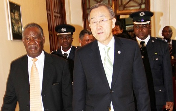 File: Sata with Ki-Moon at State House
