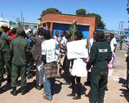 UNZA students protesting at Mass Media Complex in Lusaka