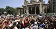 Cairo mosque cleared of protesters