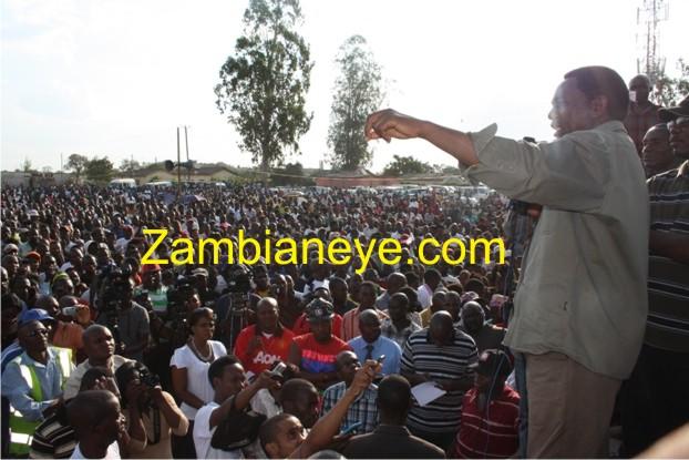 HH addressing a rally in Mandevu