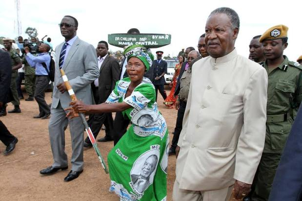 President Michael Sata on arrival at Muchinka grounds during a rally to drum up support for PF parliamentary Candidate Dr Chitalu Chilufya on Tuesday, 20th Novermber 2013- Picture By Eddie Mwanaleza.