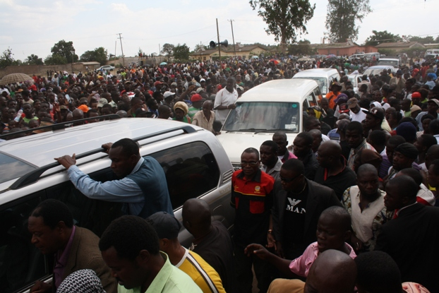 File: UPND leader arriving for a rally in Lusaka's Mandevu Township
