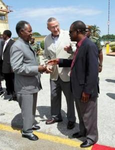 Sata (l) with Scott and Kabimba