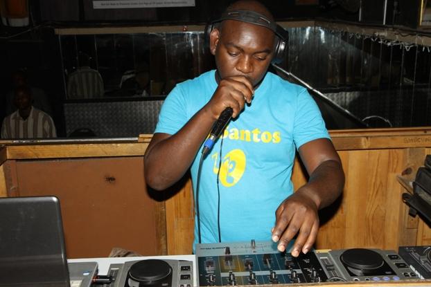 DC Night Club DJ