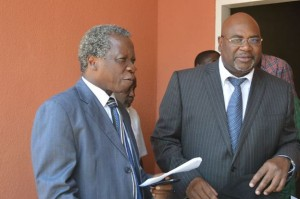 File: Mulongoti and Msoni at a briefing