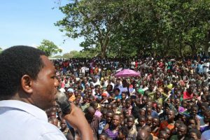 HH addressing a rally in Samfya, Luapula province
