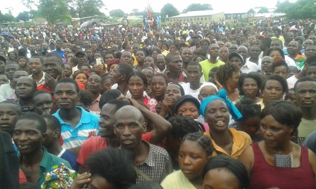 Part of the crowd at HH's Kaoma rally