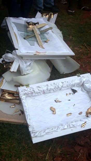 Broken coffin