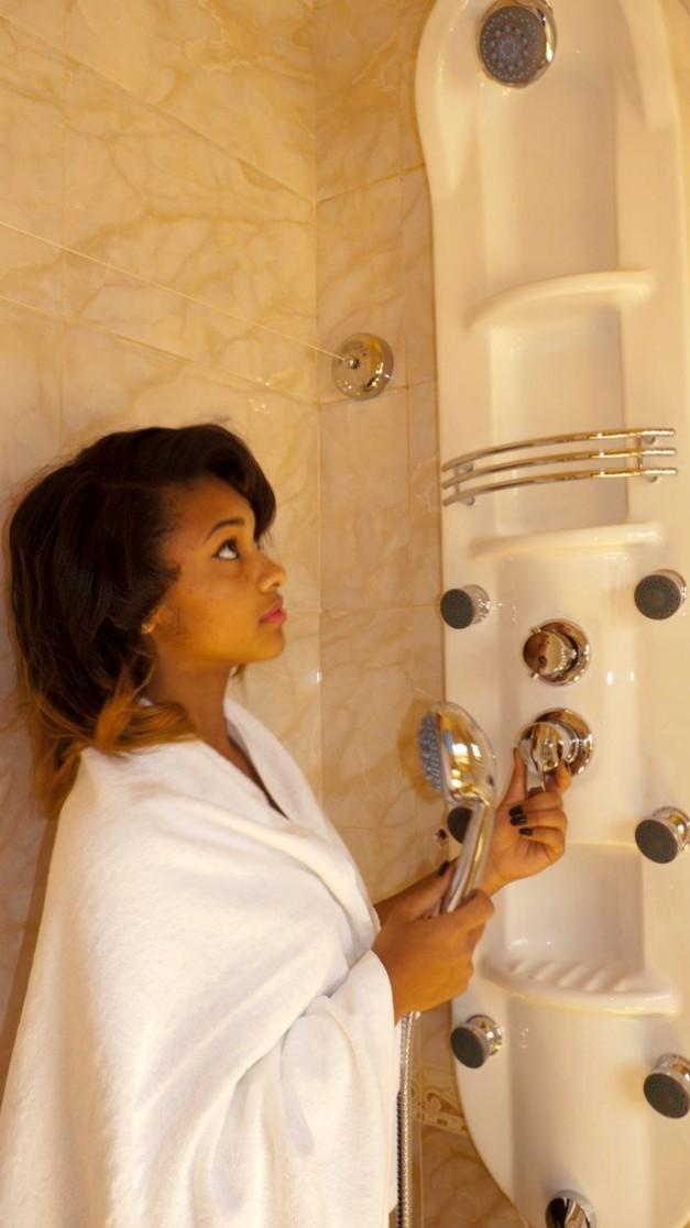 Shower 1a