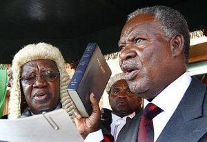 Sata being sworn in