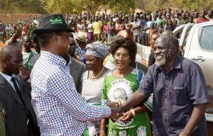 President Lungu greeting Mpombo in Solwezi East on Sunday