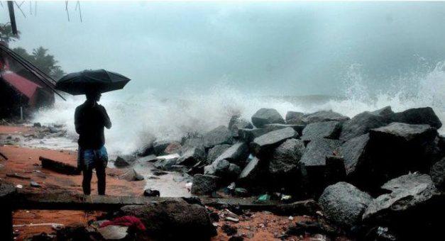 Lightning in Indian states 'kills 79'