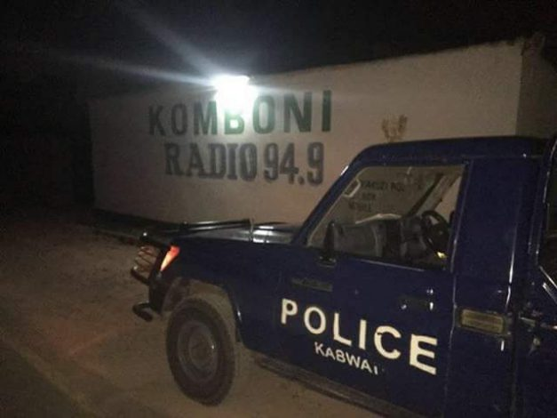 Police keeping vigil outside Komboni Radio, one of the closed private media houses