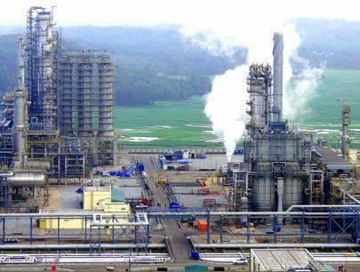 Glencore, Vitol Bid for Stake in Indeni Oil Refinery