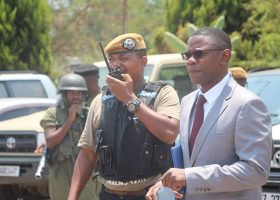 Video: Tayali escapes lynching at the Lusaka Magistrates Court