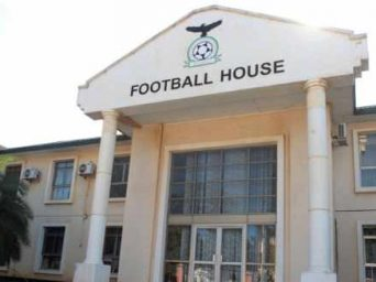 Foreign, local coaches stampede for Chipolopolo job